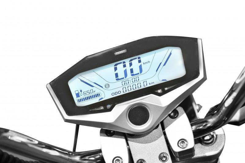 x-scooters-xr09-eec-li (7)